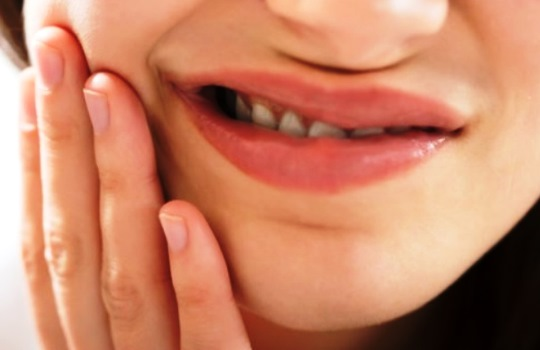 Cara Mengobati Sakit Gigi yang Terbukti dan Ampuh Secara Alami